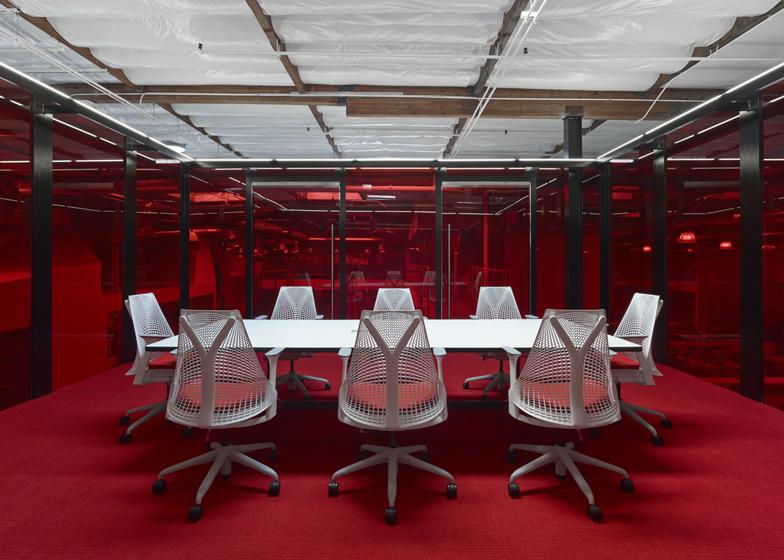 Fox Head Inc - Meeting Room