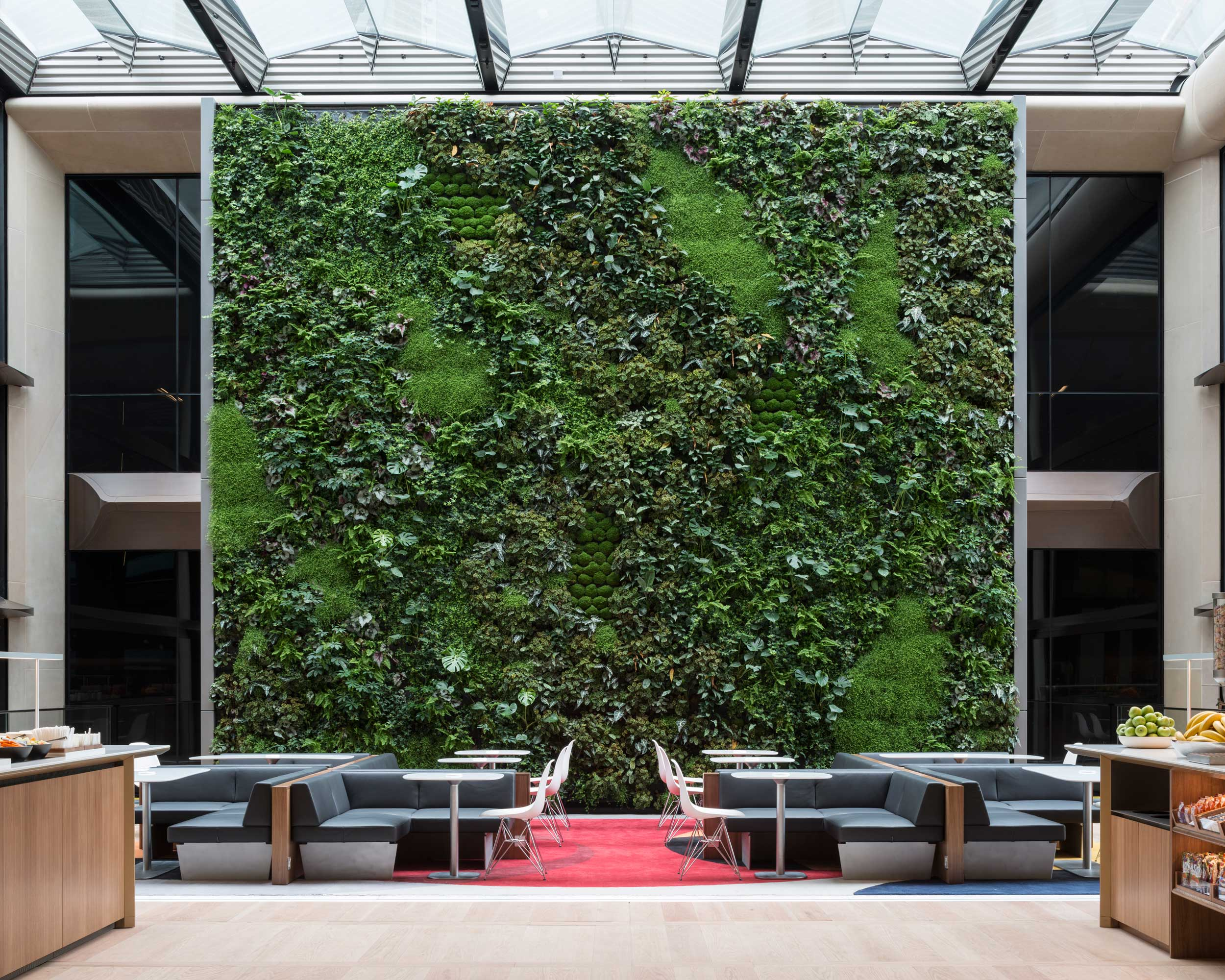 Bloomberg European HQ Workplace - Living Wall