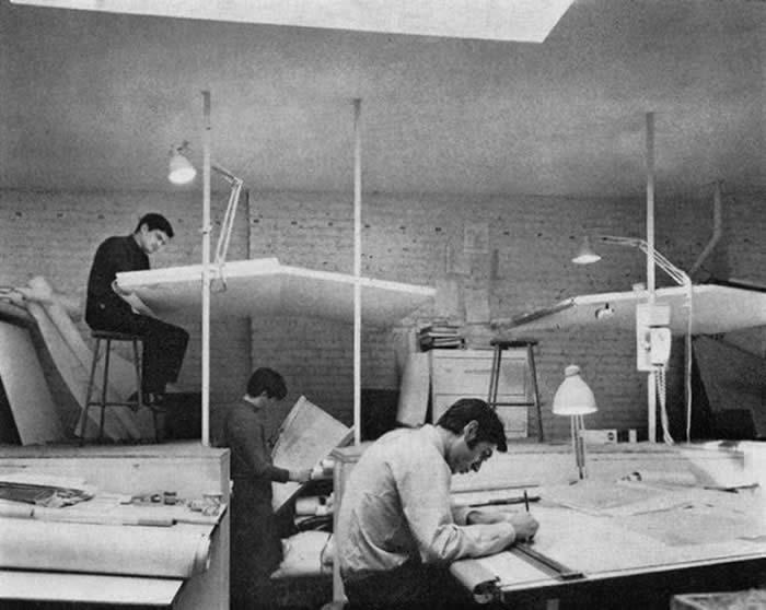 Multilevel Drawing Desks